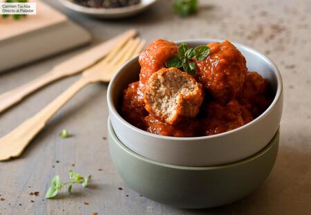 Esta es nuestra nueva receta de albóndigas favorita: al estilo italoamericano, con tomate y queso
