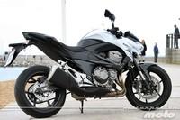 Kawasaki Z800e, prueba (conducción en autopista y pasajero)
