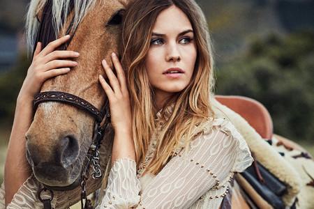 Los 19 vestidos boho más estilosos para lucir en invierno