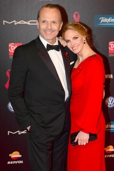 Miguel Bosé y Genoveva Casanova, vaya dos anfitriones para gala contra el SIDA