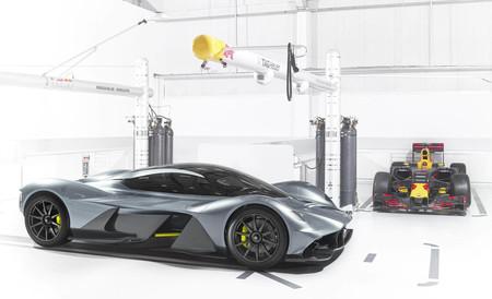 ¡Confirmado! Aston Martin también planea un futuro superdeportivo de motor central