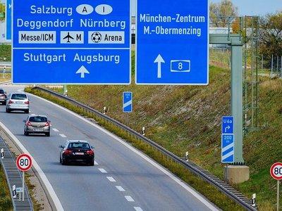 La actualización del software de los coches diésel alemanes no es viable económicamente para Merkel