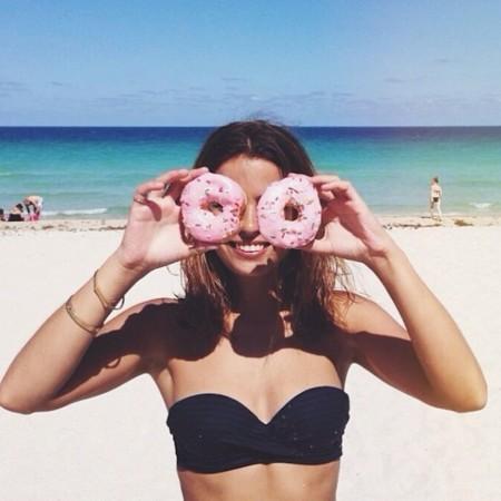 sara donuts