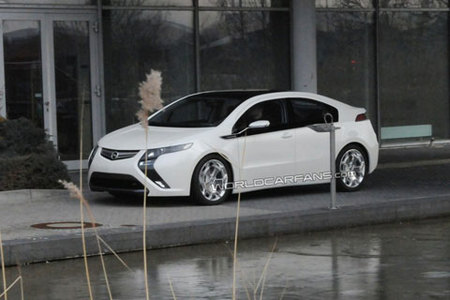 Opel Ampera, primeras fotos espía totalmente descubierto