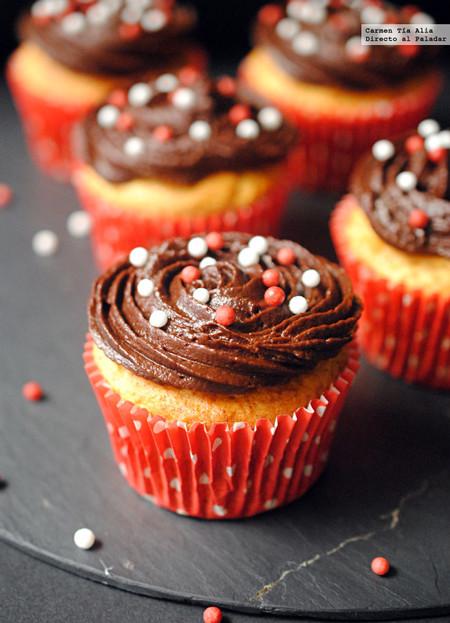 Cupcakes de plátano con cobertura de mascarpone al cacao: receta sin gluten
