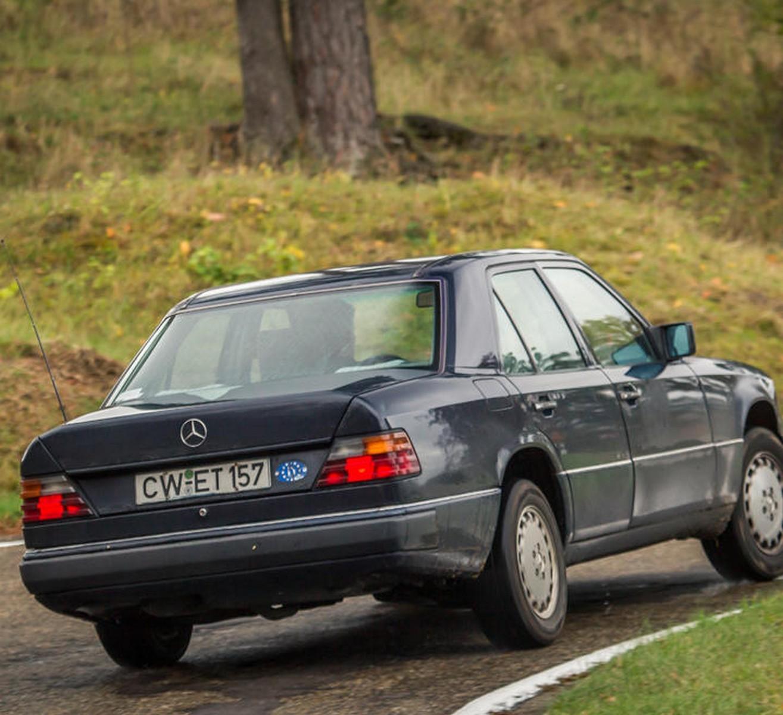Foto de Mercedes 200D W124 (5/8)