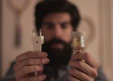Cómo hacer una lámpara DIY de lo más cool con una botella Beefeater