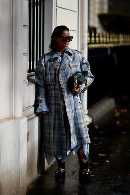 Paris Str S22 269Siete tendencias clave en cuestión de abrigos para el otoño/invierno 2020-2021