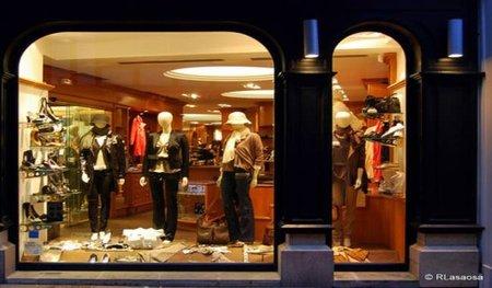 Gucci, Louis Vuitton, Loewe, Versace...complementos de lujo para comprar o para vender