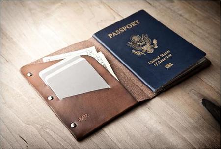 Porta pasaporte de piel por Mr. Lentz