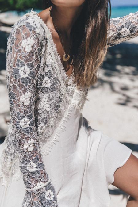 Lam Tong Beach Thailand Phi Phi Island Lace Dress Outfit Beach Summer Look White Dress Tularosa 43