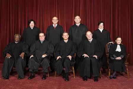 El Tribunal Supremo de EEUU debatirá el lunes sobre copyright. ¿La doctrina de la primera venta también para productos digitales?