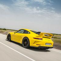 ¡Los rumores son falsos! El Porsche 911 GT3 seguirá teniendo motor de aspiración natural y caja manual