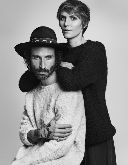 Gabriela Hearst lanza su primera colección masculina con el cantautor español Leiva como inspiración