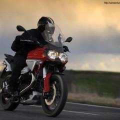 Foto 2 de 7 de la galería moto-guzzi-stelvio-nuevas-imagenes-y-detalles en Motorpasion Moto