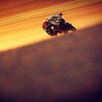 ¡Milimétrico! Tatsuki Suzuki le arrebata la primera pole de Moto3 a Raúl Fernández por ocho milésimas