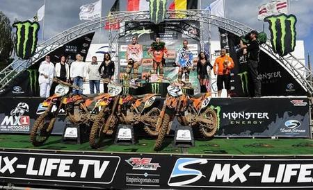 Pódium MX1
