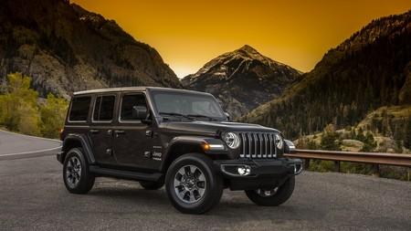 Un trío de fotos del nuevo Jeep Wrangler 2018 nos muestra el todoterreno al descubierto antes de lo previsto