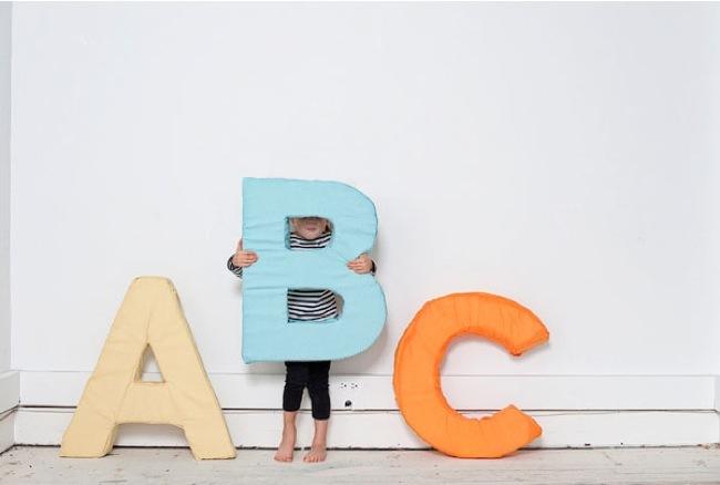 cojines abecedario 1