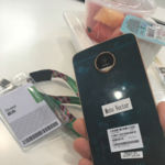 El Moto Z Play posa para la cámara, su presentación parece ser inminente