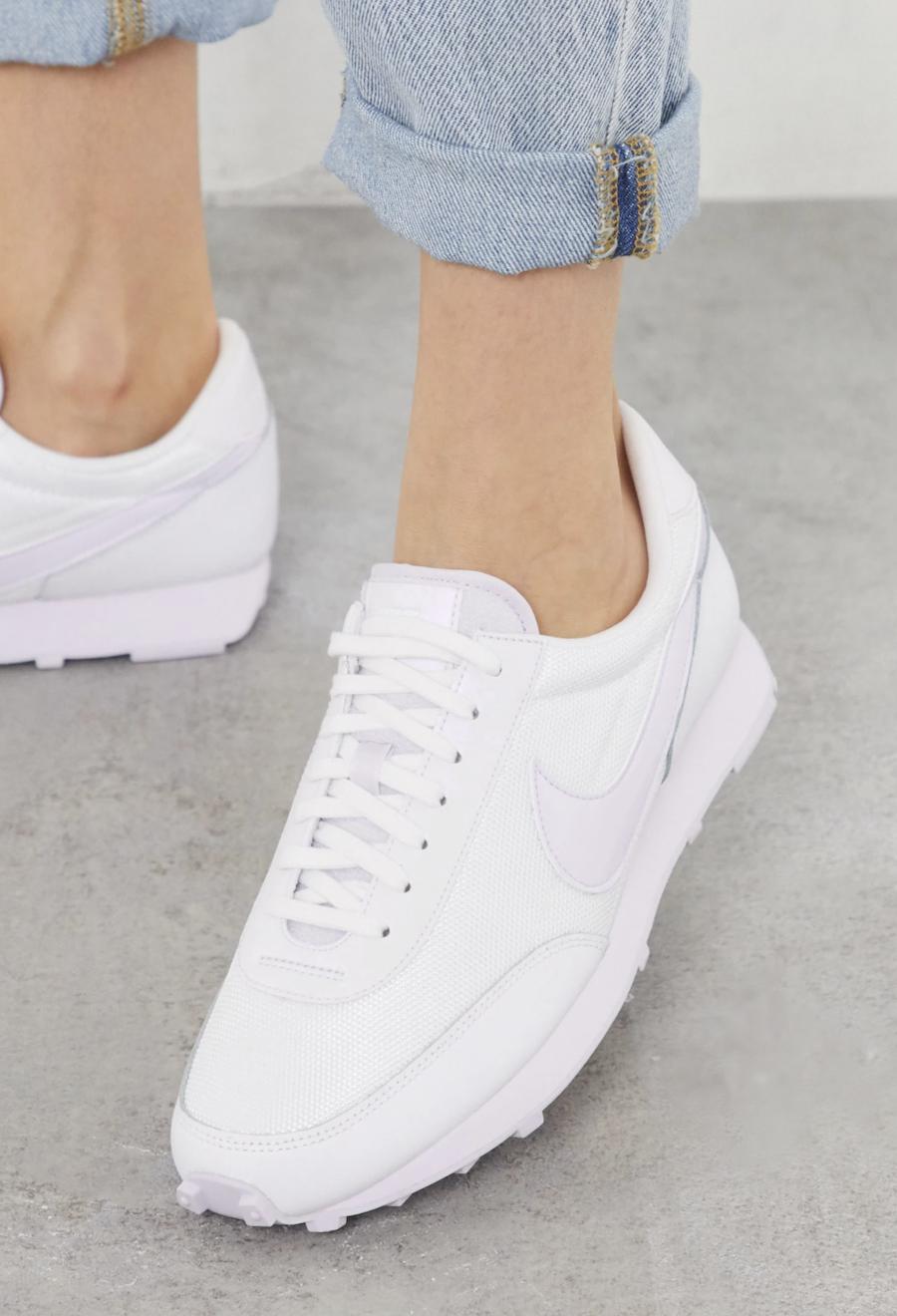 Zapatillas en tonos de blanco Daybreak de Nike