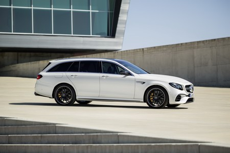Mercedes Amg E63 S Estate 10