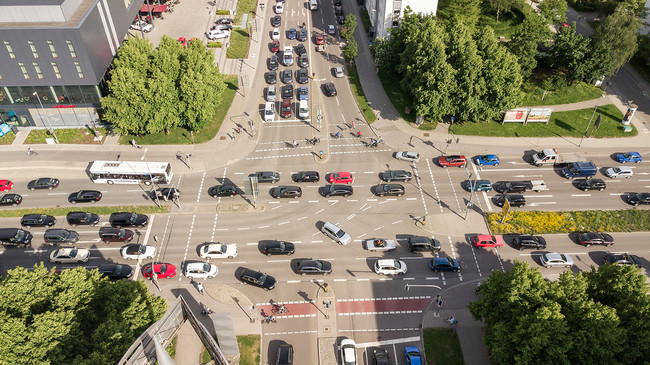 Los coches autónomos y compartidos nos harán perder menos tiempo en atascos, o eso dice Audi