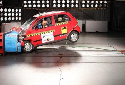 Peugeot 208, Chevrolet Matiz, Fiat Palio y Chevrolet Onix a prueba por Latin NCAP (con video)