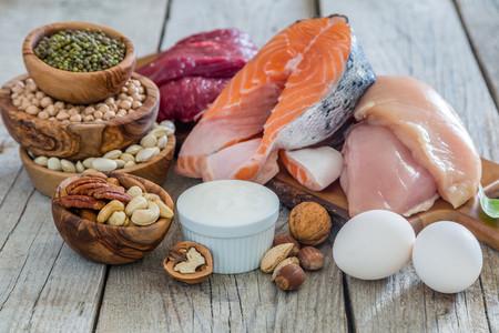 13 alimentos ricos en proteínas para recuperar tu masa muscular tras el confinamiento (y un montón de recetas para incluirlos)