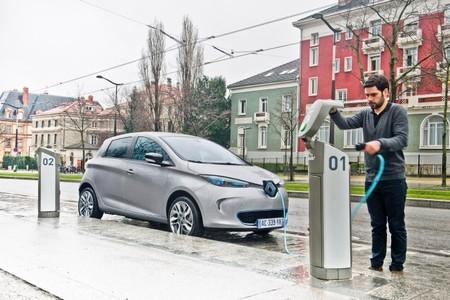 Si vives en Normandía, comprar un coche eléctrico puede salirte 11.300 euros más barato