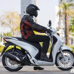 Foto 19 de 19 de la galería honda-scoopy-sh125i-2013-prueba-valoracion-galeria-y-ficha-tecnica-fotos-accion en Motorpasion Moto