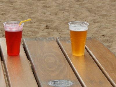 Tinto de verano o cerveza: ¿cuál engorda más?