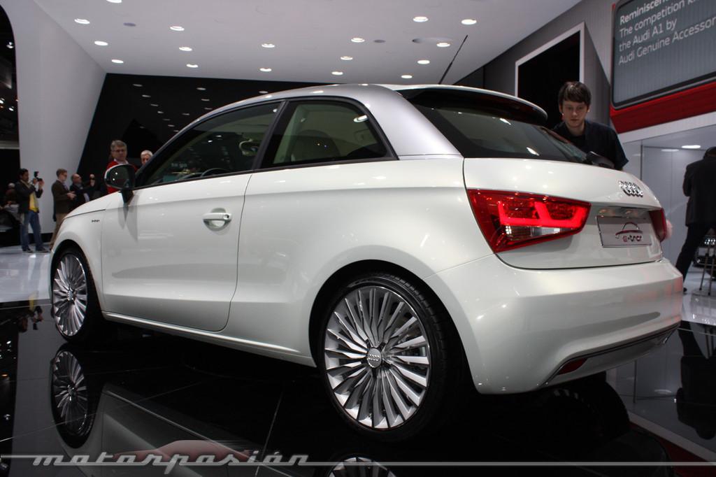 Foto de Audi A1 y A8 híbridos en el Salón de Ginebra (14/18)