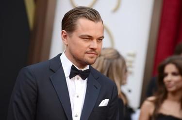 Leonardo DiCaprio nos enseña a ser el hombre más elegante de los Oscars sin despeinarse