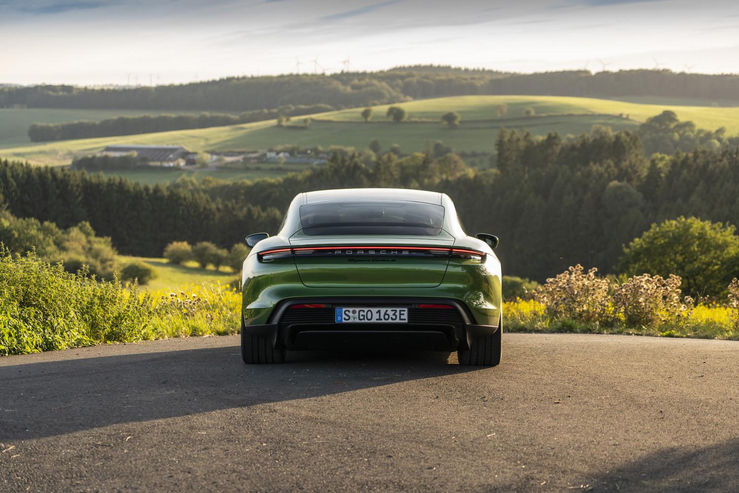 Foto de Porsche Taycan prueba contacto (228/275)