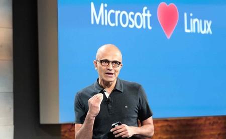 Convertir Windows 7 en open source parece imposible, pero Microsoft nos ha hecho soñar gracias a estos ejemplos del pasado