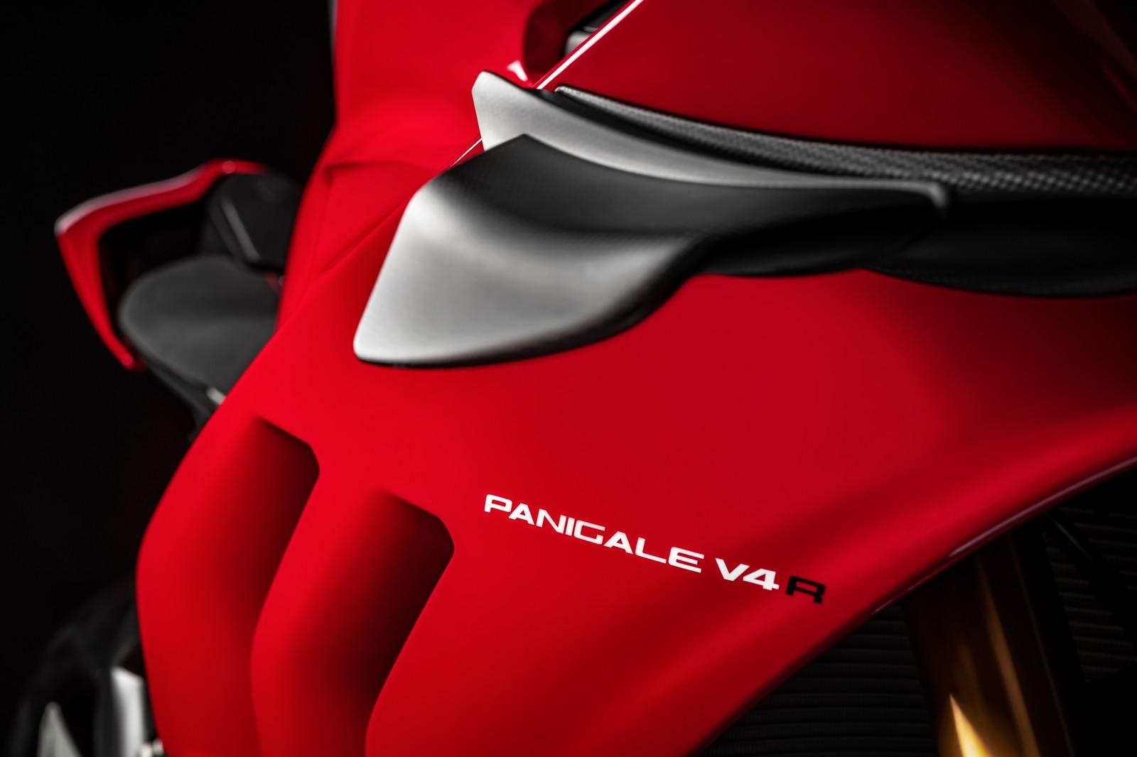 Foto de Ducati Panigale V4 R 2019 (64/87)