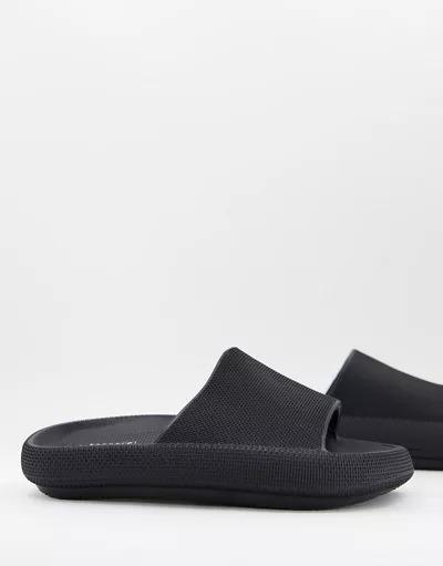 Sandalias negras con suela extragruesa de Truffle Collection