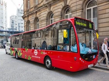 Londres sigue probando autobuses eléctricos
