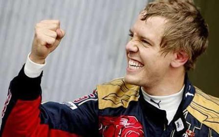 Sebastian Vettel, en el punto de mira de Mercedes