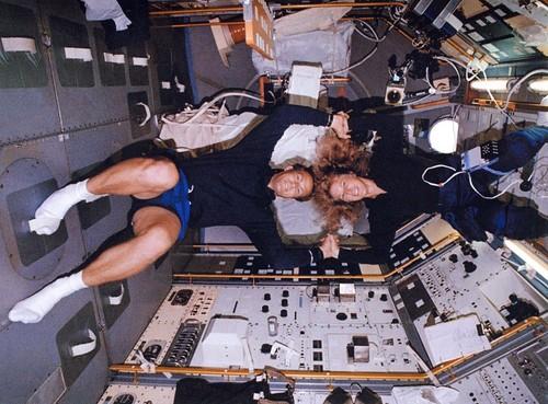 La guía definitiva para practicar sexo en el espacio