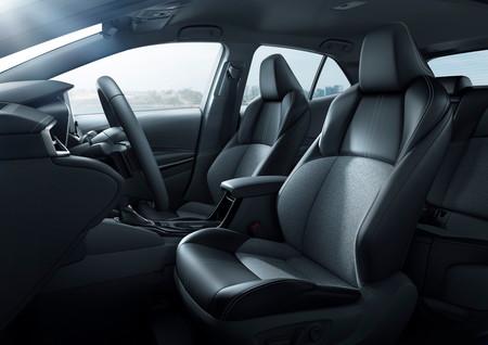 Toyota Corolla Hatchback 27