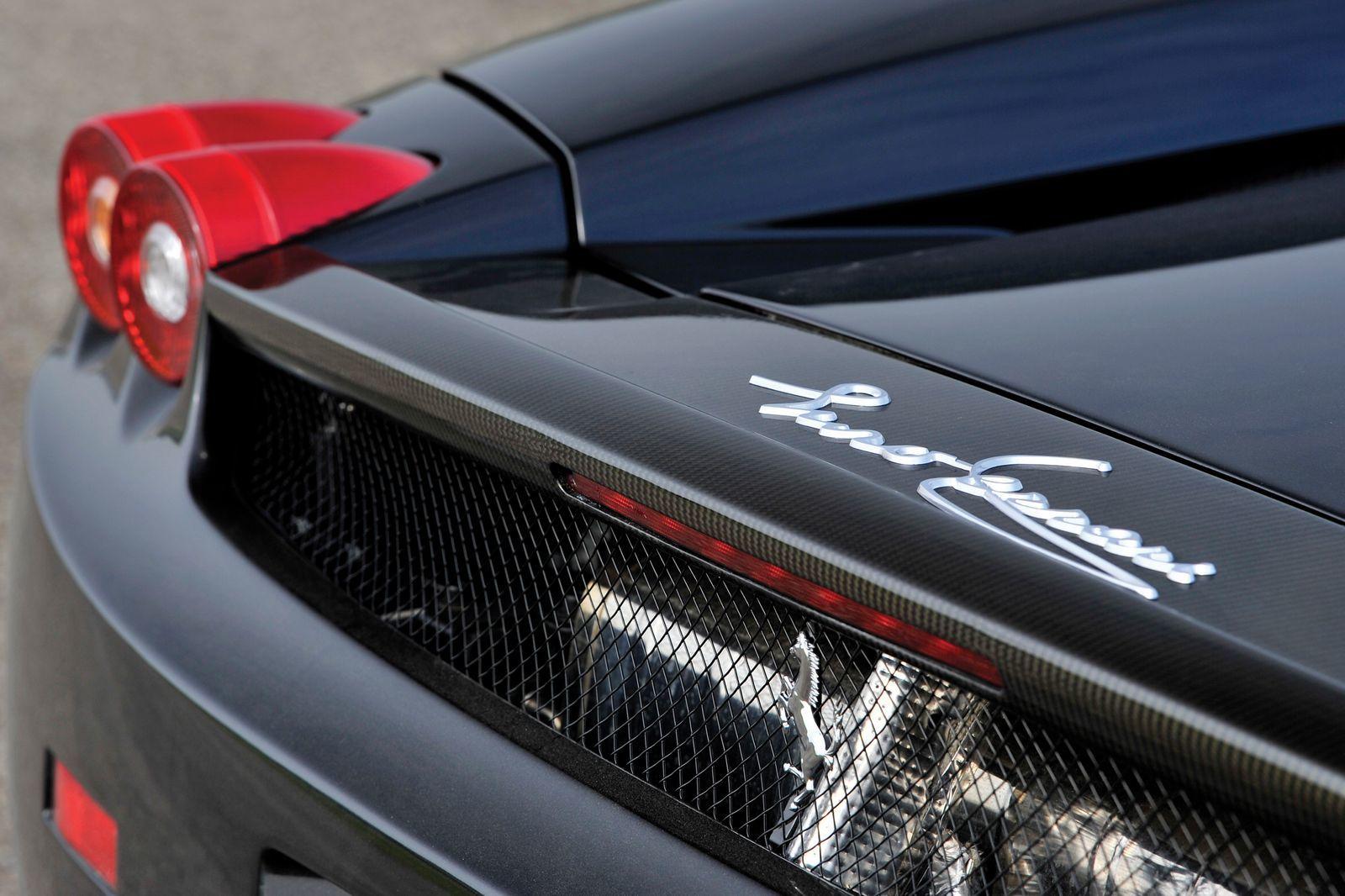 Foto de Ferrari Enzo subasta (21/27)