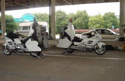 Motos grúa en China