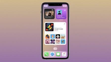 iOS 14 es oficial: Apple rediseña la pantalla de inicio del iPhone (por fin) y nos trae widgets, cajón de apps y una nueva Siri
