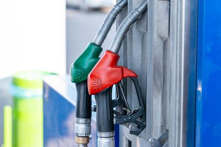 """Así luce """"El Rastrillo"""", el hack de las bombas de gasolina que permite controlar de forma remota cuando no dar litros de a litro"""