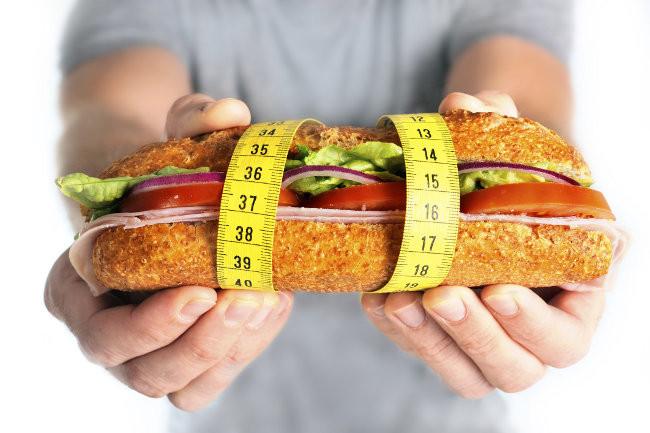 que porcion comer para bajar de peso
