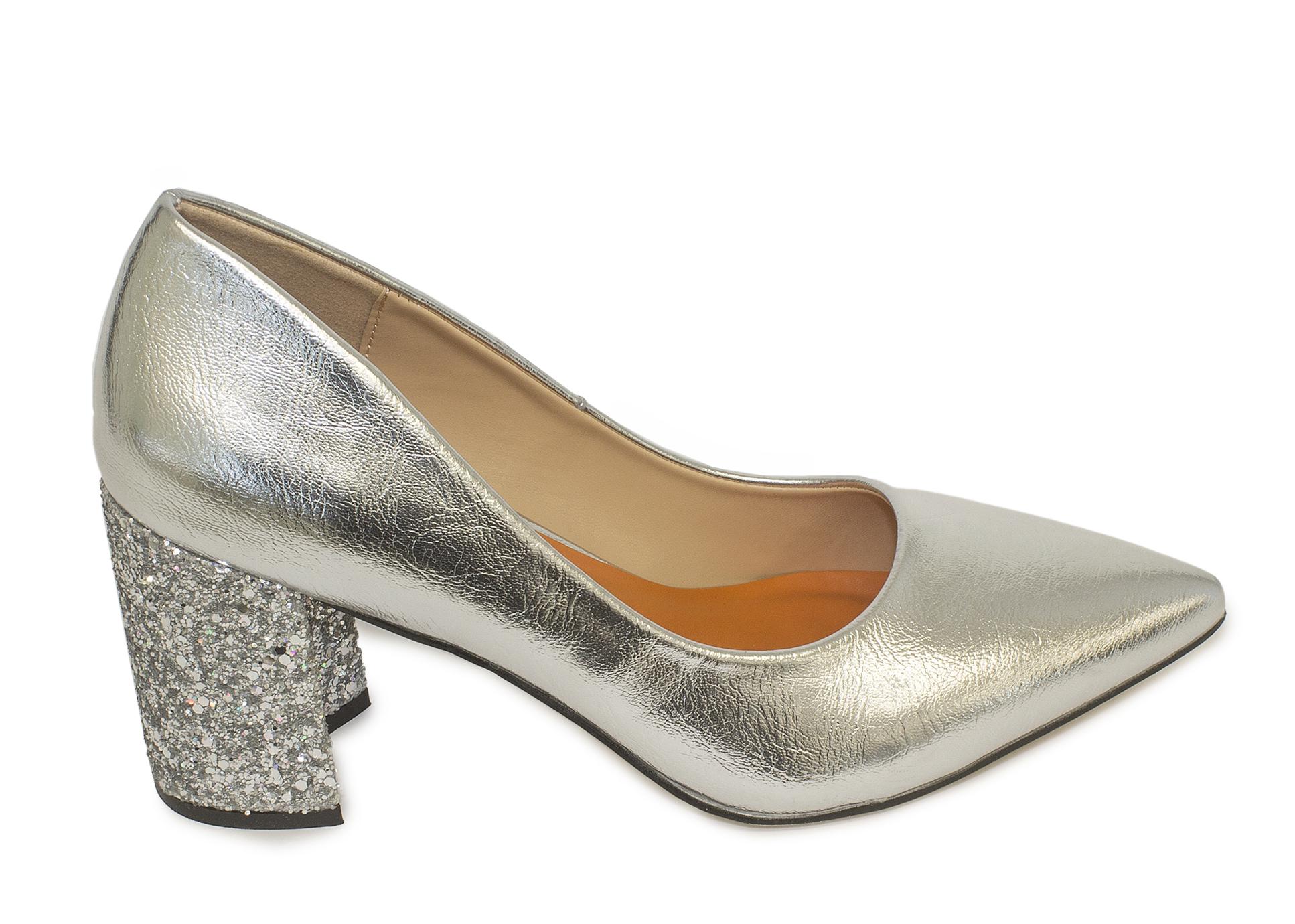 Zapatos de salon de mujer Fun&Basic de color plata con tacon glitter