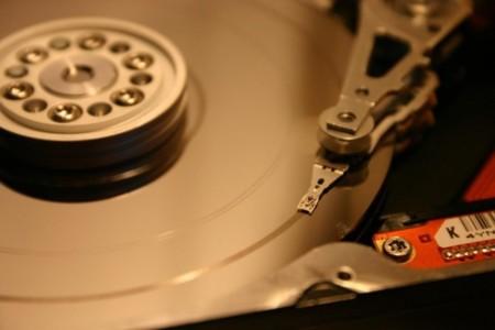 Dropbox quiere enterrar el disco duro, el quirófano global y la opinión de Silicon Valley sobre NSA