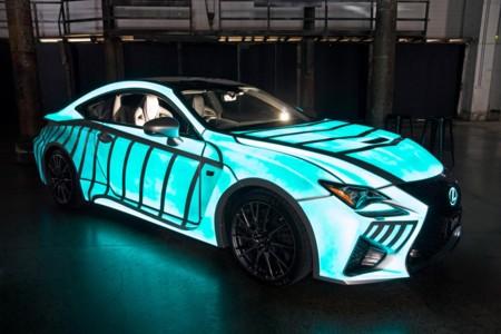 Lexus le copia a Nissan la pintura que brilla en la oscuridad y la convierte en pulsómetro